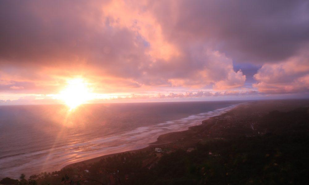 Sunset Bukit Paralayang featured image